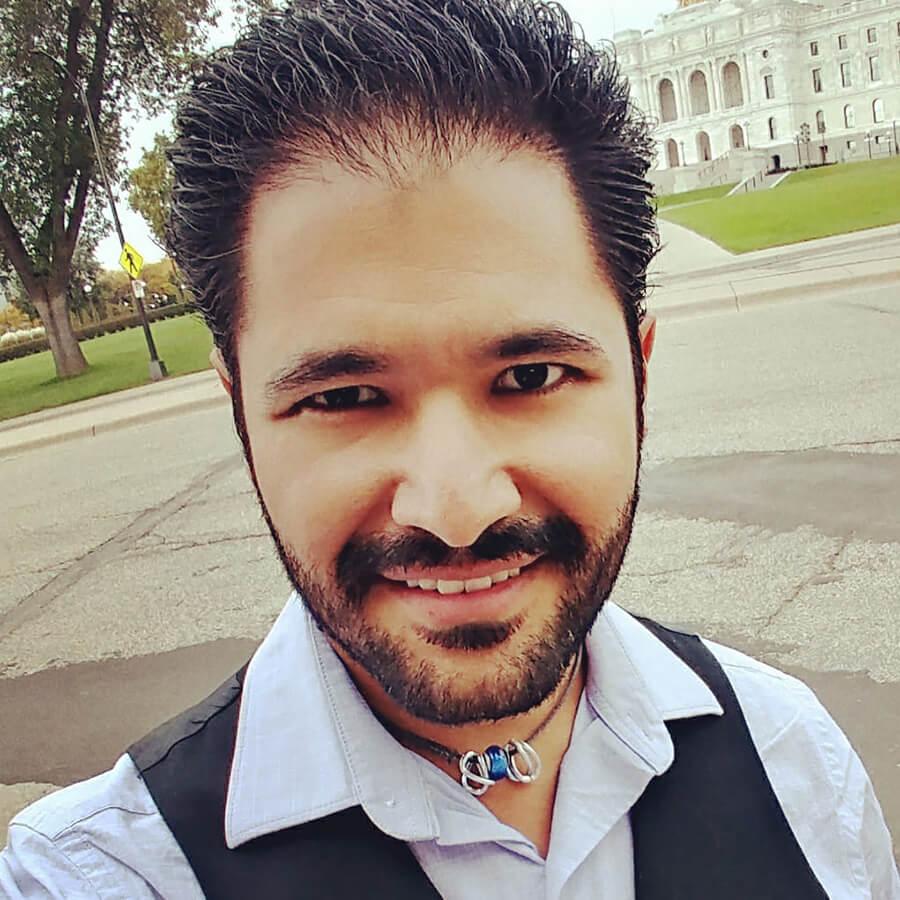 Izaak Mendoza headshot