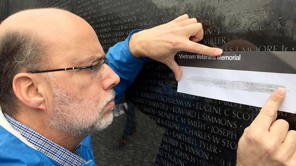 Cavaliers alum honors fallen Vietnam veteran