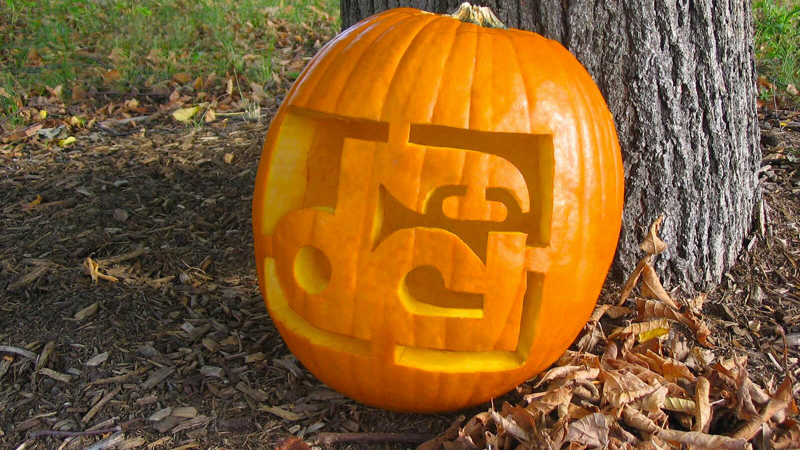 48 pumpkin templates to make Halloween all about drum corps