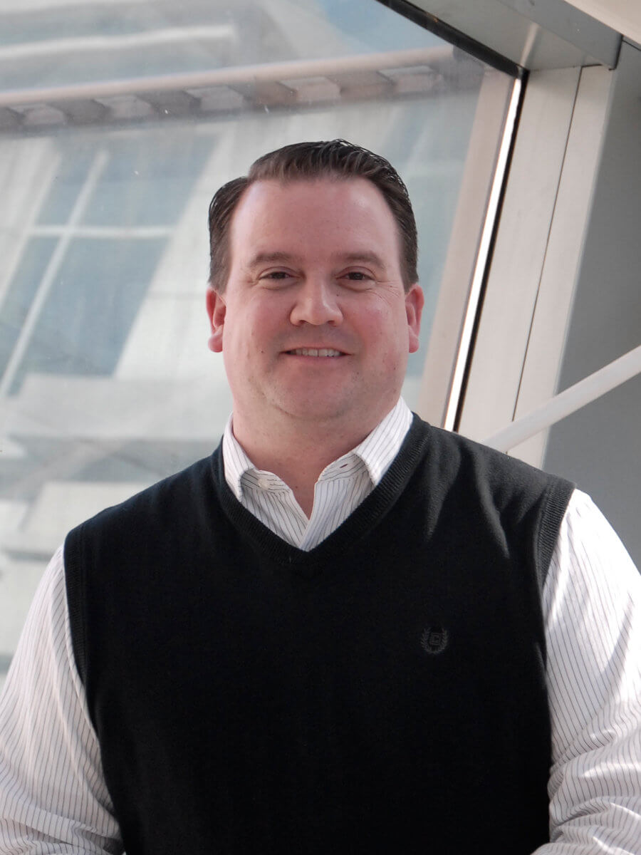 Relationship Manager Scott Dixon